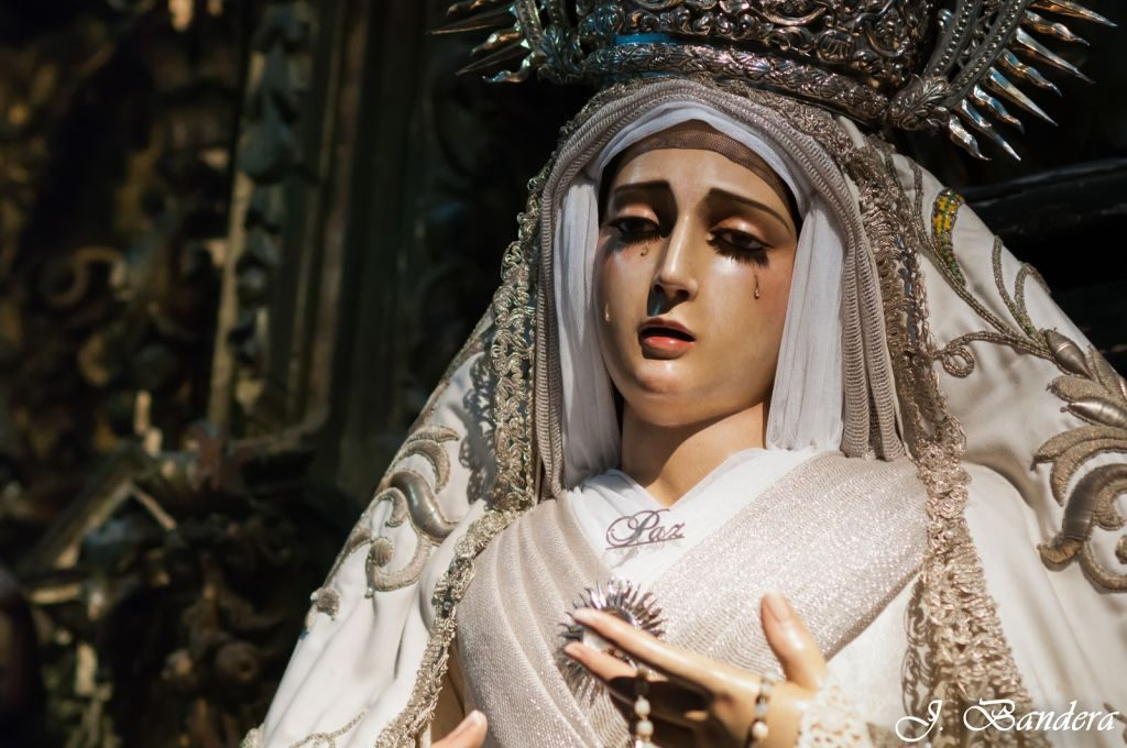 Oración a la Virgen de la paz