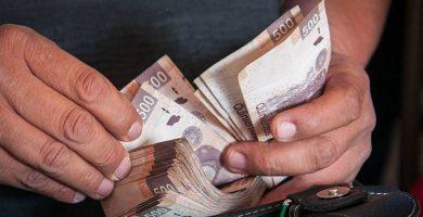 Oración para conseguir dinero al instante