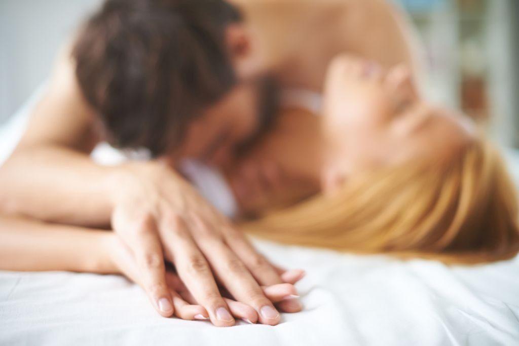 Oración para liberar a mi esposo de su amante